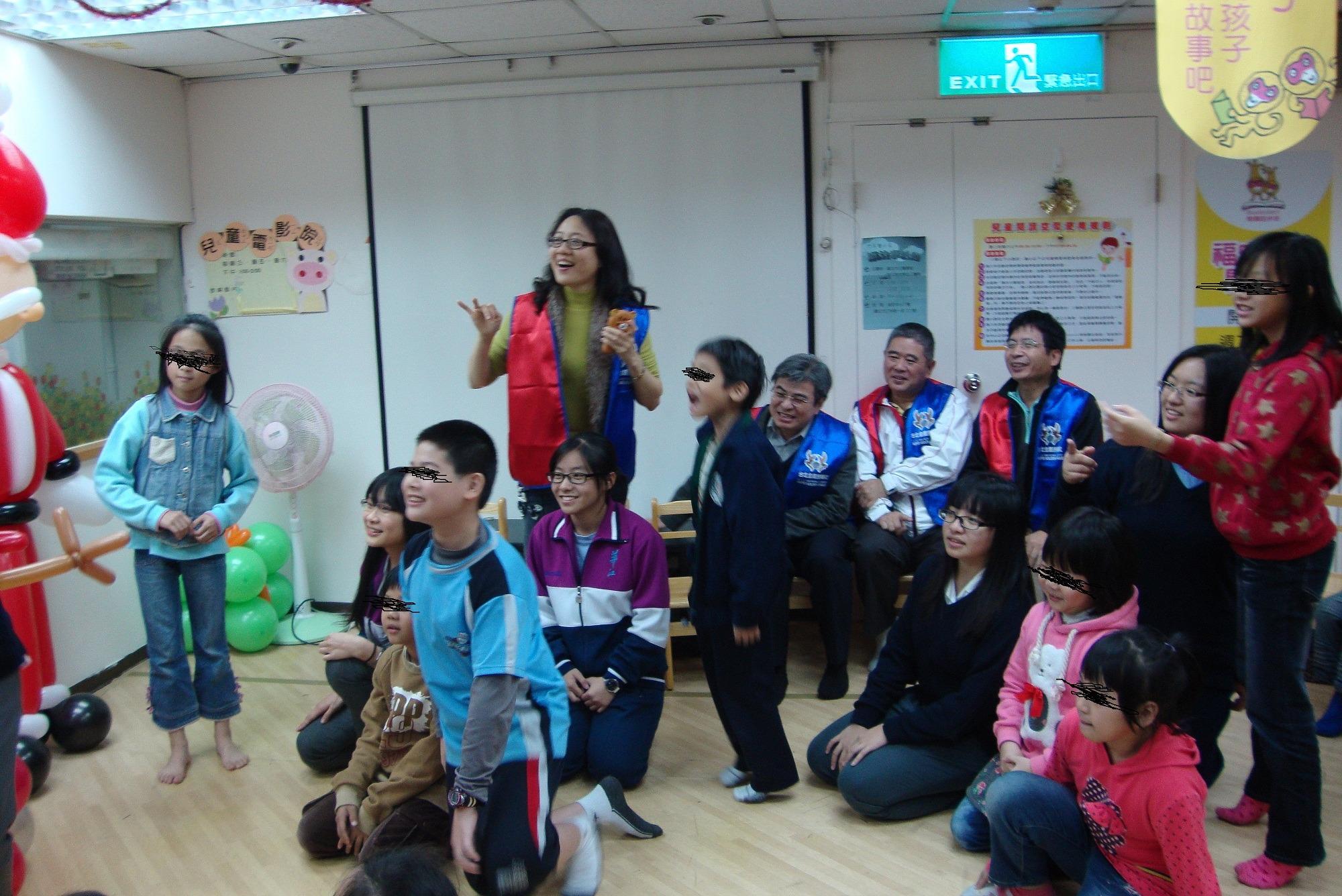 活動成果2 金鷹扶輪社「聖誕節溫馨不打烊」活動