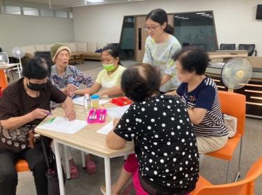 【07/27   三和里社區照顧關懷據點活動   纏繞畫】