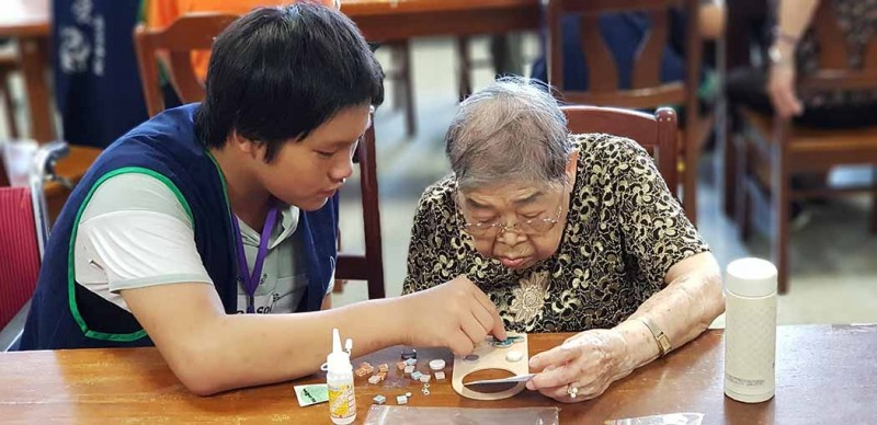 【鬱見老友遇見愛】遺忘的時光中,讓我陪著你-代間學習服務