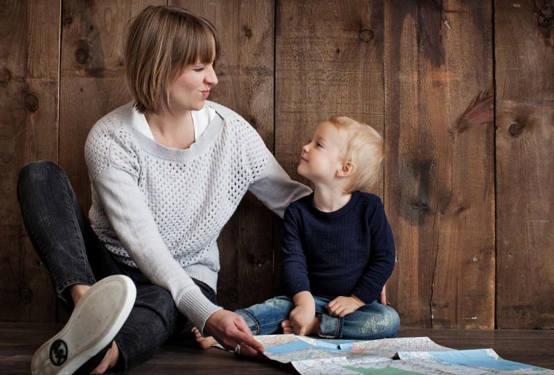 為什麼老公和婆婆都覺得全職媽媽帶孩子那麼容易?