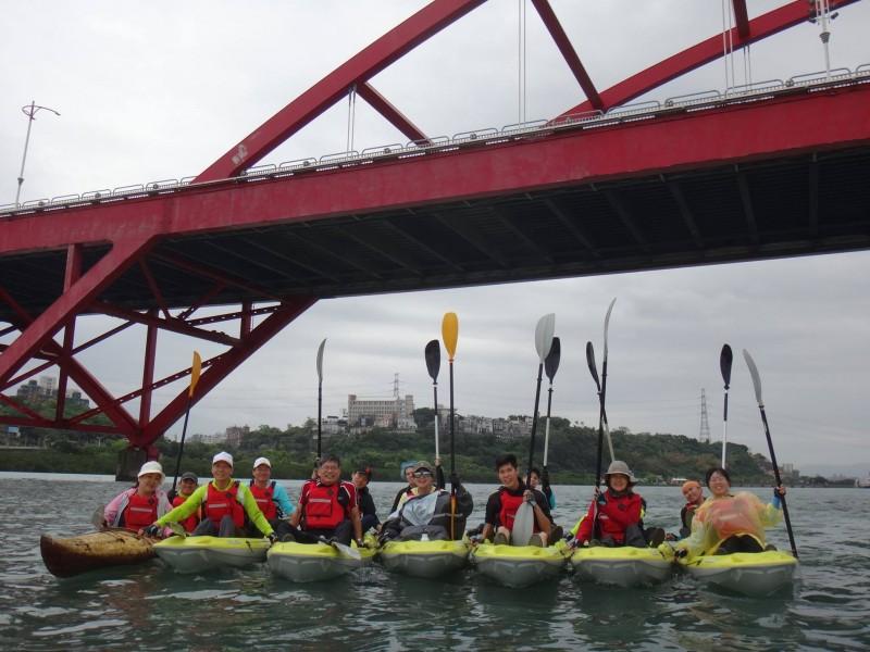 【活動報導】淡水聯禱會牧長獨木舟體驗