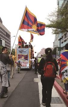 藏人過年,找一條回家的路—專訪札西慈仁(Tashi Tsering)
