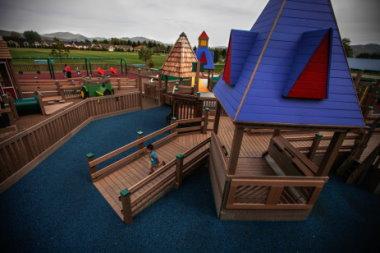 玩耍好自由!無障礙共融兒童遊樂區