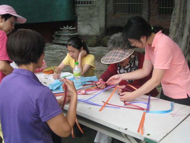 製作手工編織帶