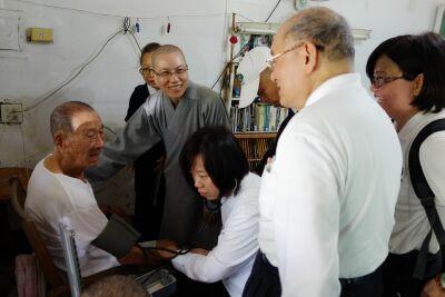 慈濟四大志業大動員  義診、家訪膚慰823水患鄉親