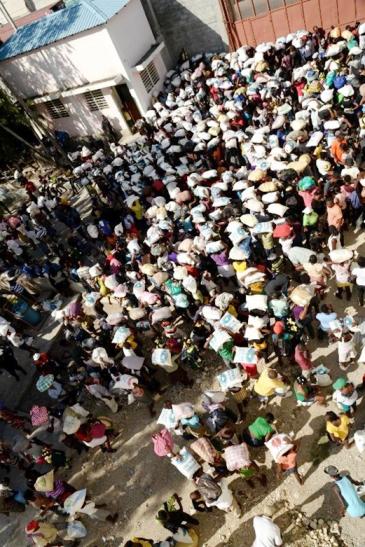 慈濟援海地台灣愛心米 帶動台商助貧民萬雙愛心鞋