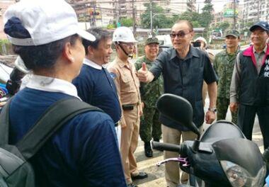 軍方與慈濟「軍民同心」救災  國防部長與慈濟互相感恩